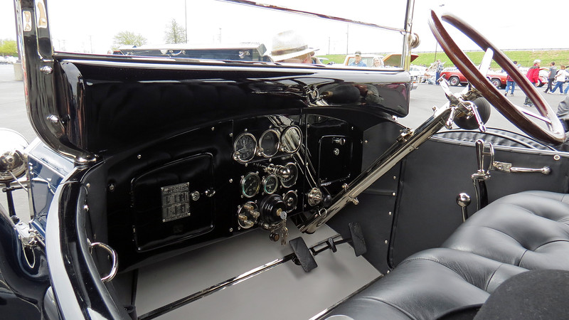 Like so many cars from this era, the interior design is a work of art !