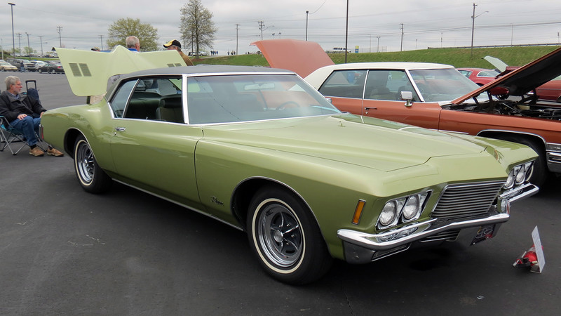 1971 Buick Riviera.