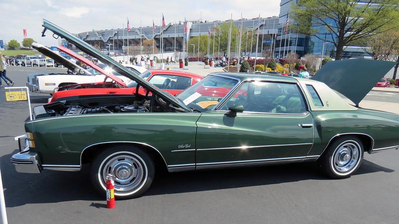 1974 Chevrolet Monte Carlo.