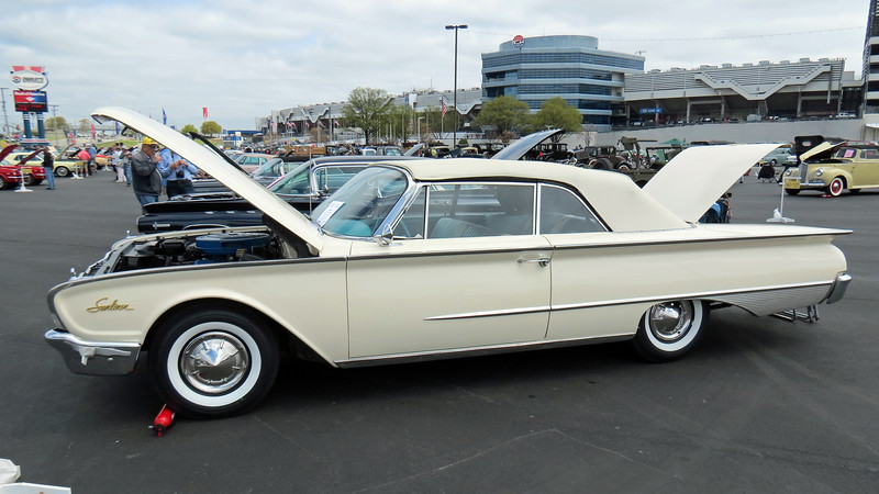 After the Skyliner hardtop convertible was dropped after 1959, Ford continued to use the Sunliner name for its convertible body style.  This was a popular model for 1960 with 44,762 produced that year.