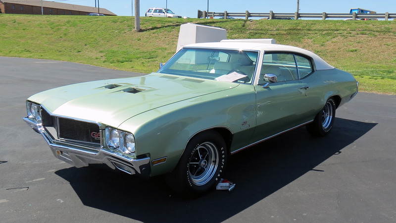 Another 1970 Buick GS Stage 1.