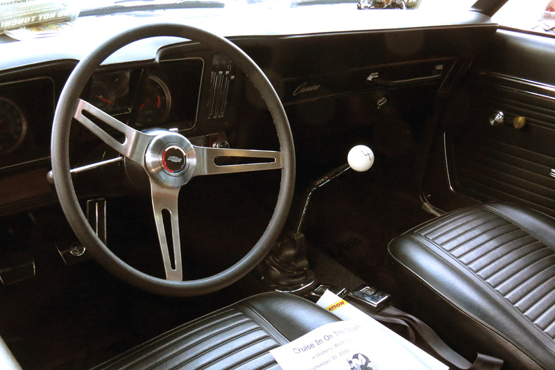 All Z28s came with a 4-speed manual transmission.