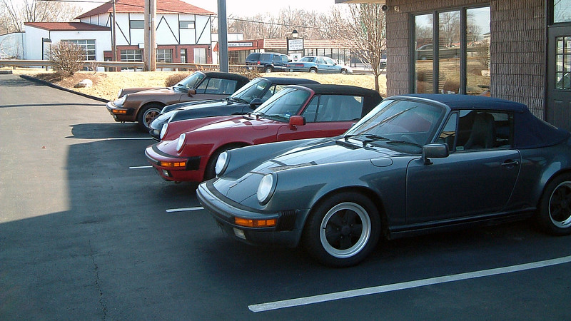 Buyers looking for a Porsche 911 had a few examples from which to choose.