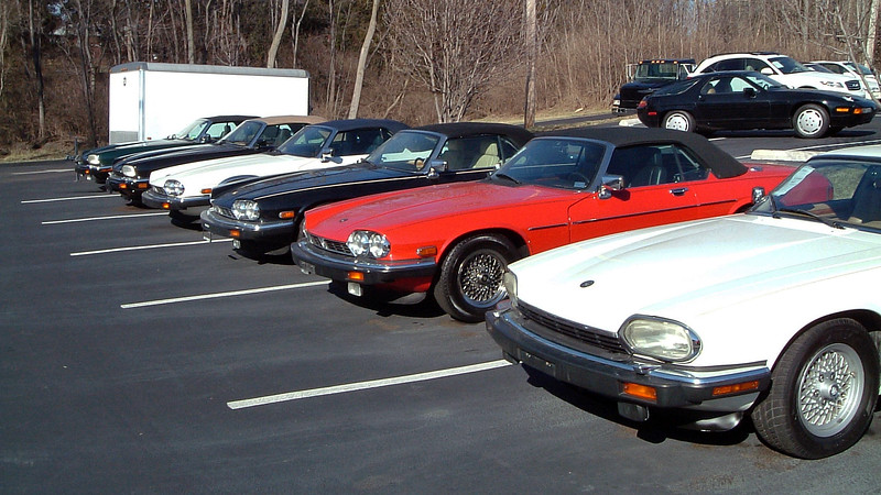 As was the case with the SL-Class 'Benz, buyers looking for a Jaguar XJS also had numerous examples from which to choose.