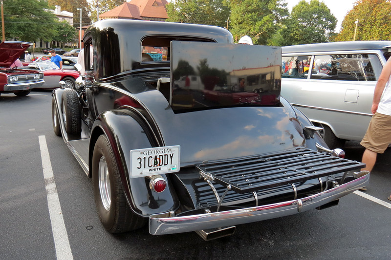 This is a very rare car !  It's good to see that it was modified using Cadillac parts.