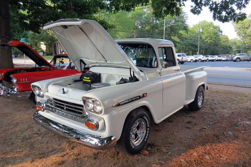 Next to the previous truck was another 1959 Chevrolet Apache 31 pickup.