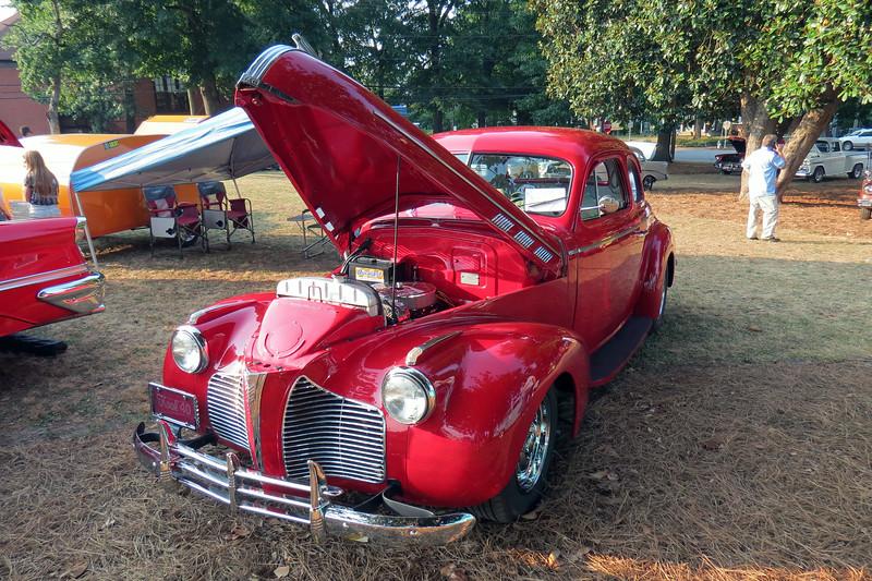 1940 Pontiac.