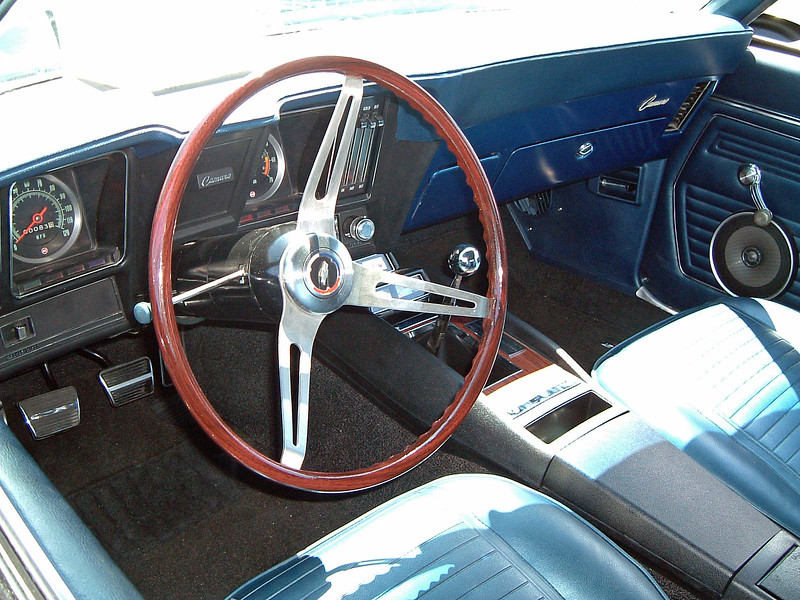 A 4-speed car.
