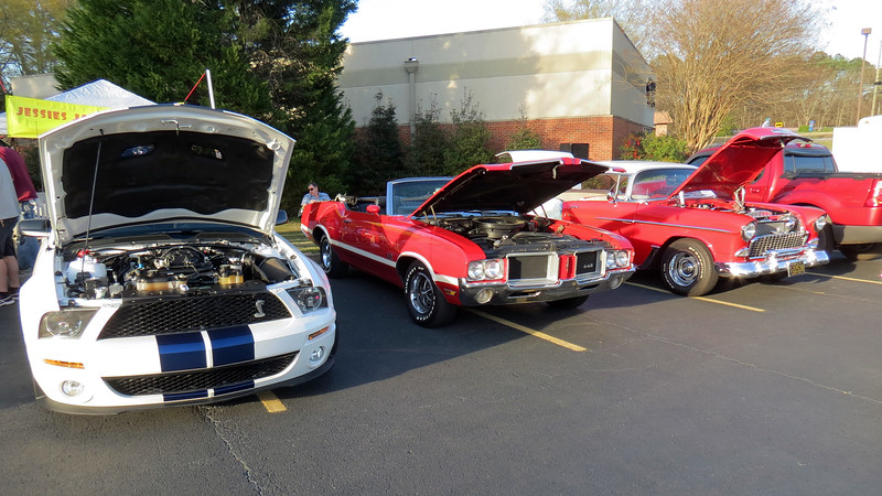 L - R:  Shelby GT500, 1971 Oldsmobile 442 convertible, 1955 Chevrolet Bel Air.  The 1971 442 is one of 1,304 convertibles made that year.