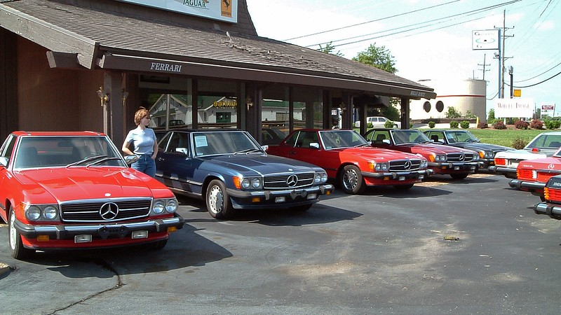 Schmitt seems to specialize in specific cars and keeps multiple examples on hand at any given moment.  In front of one of the showrooms was a collection of Mercedes-Benz SL-Class roadsters.