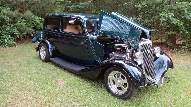 1934 Ford street rod.