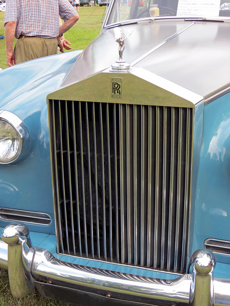 The famous Rolls-Royce grill.