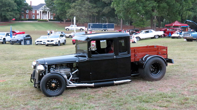 The second Best of Show award went to a 1934 Ford extended cab truck street rod.