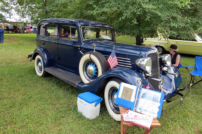 1934 Chrysler CA Six.