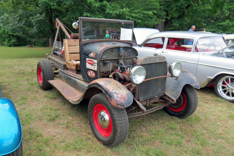 1929 Ford Model A wrecker.