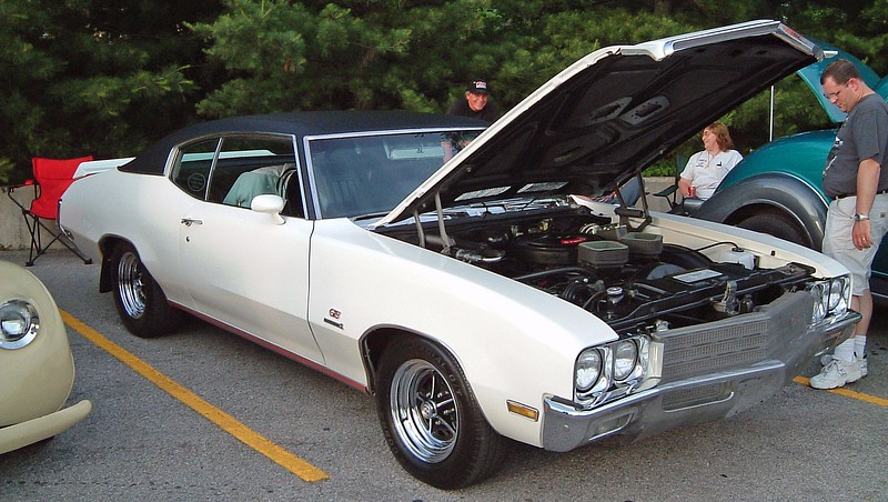 1971 Buick GS Stage 1:  This is another extremely rare car !  A total of 801 Stage 1 cars were produced that year.