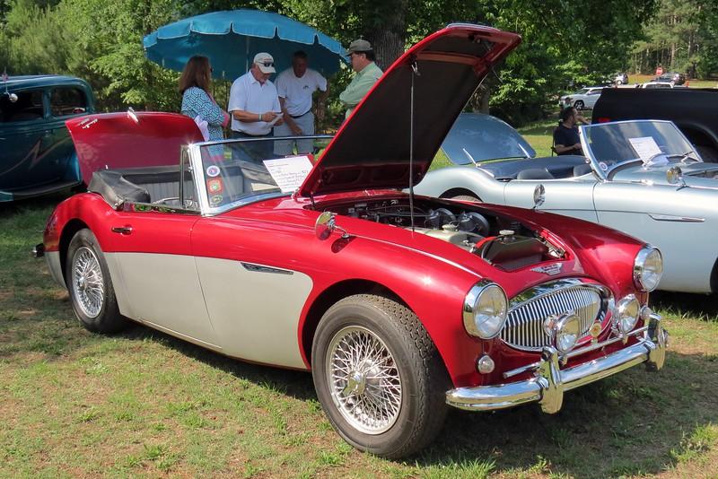 1963 Austin-Healey 3000 MK II.