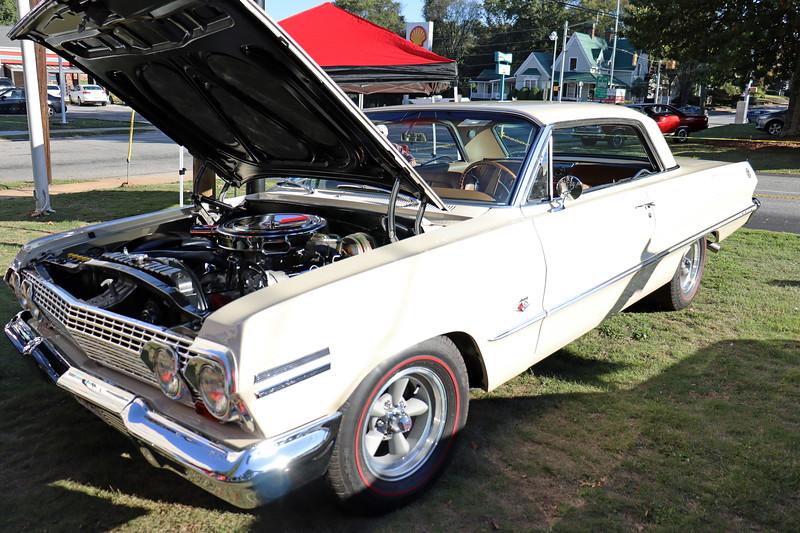 1963 Chevrolet Impala 409.