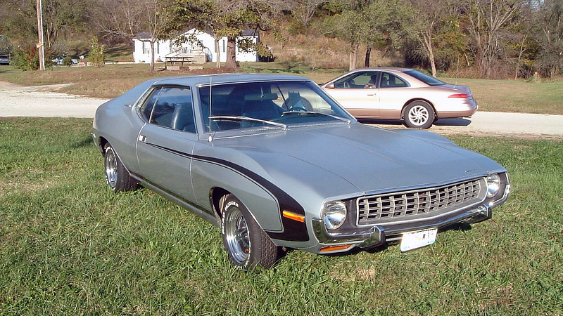 My wife and I were on our way to the Lake of the Ozarks, one of our favorite destinations, and spotted this 1972 AMC Javelin SST for sale along US Route 54 near the town of Lake Ozark, Missouri.