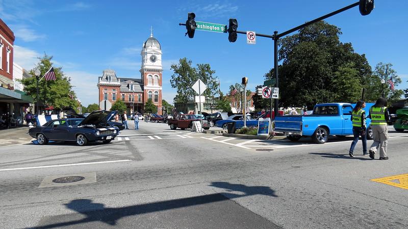 The town square in Covington, Georgia.