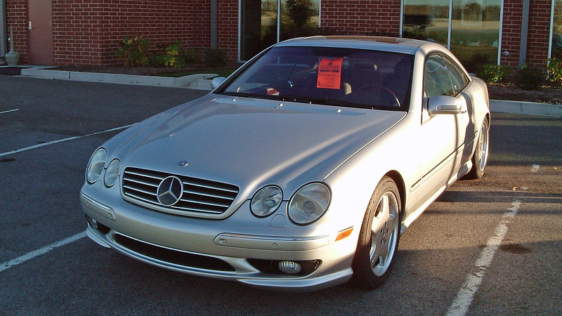 Mercedes-Benz CL55.