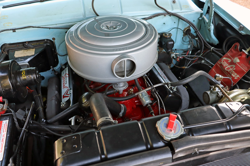 """This 312 CID version of Ford's """"Y-Block"""" V8 makes 215 hp."""