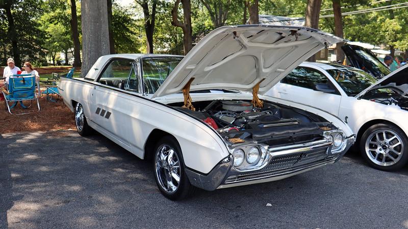 1963 Ford Thunderbird.