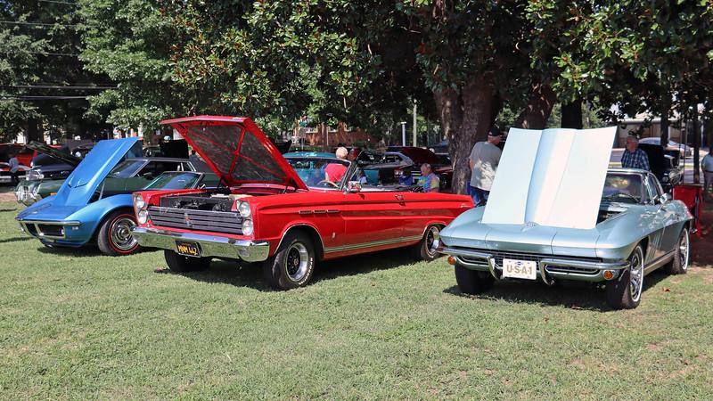 L - R:  1968 Chevrolet Corvette, 1965 Mercury Comet Caliente convertible, 1966 Chevrolet Corvette.