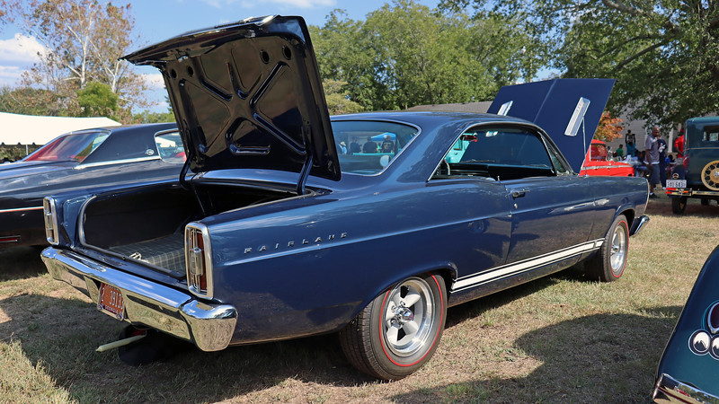 The Fairlane was all-new for 1966, designed to look like a mini-me Galaxie.
