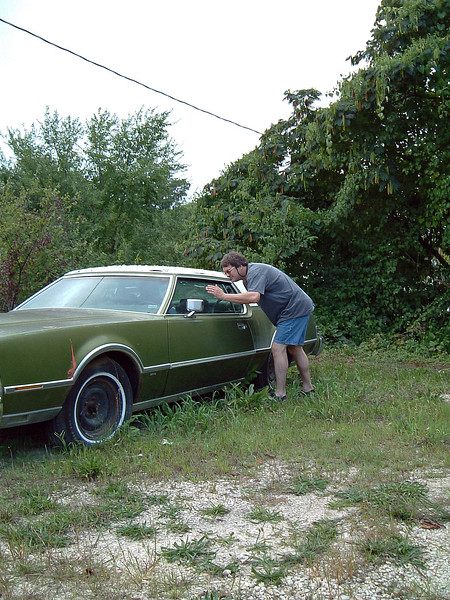 Not too long after these pics were taken, Arnold's Gifts disappeared.  The building was torn down to make way for something new, and the car disappeared.