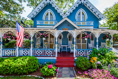 Oak Bluffs Cottage