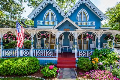 Oak Bluffs Cottage
