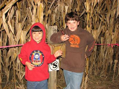 Ken's Korny Corn Maze 102210