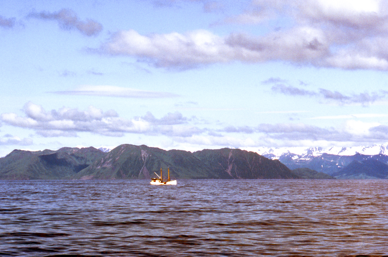 IMAGE: https://photos.smugmug.com/The-West-mostly-1971-75/Alaska/i-cCgf9CF/0/c198b3e7/X2/27%20%20Alaska%201971-X2.jpg
