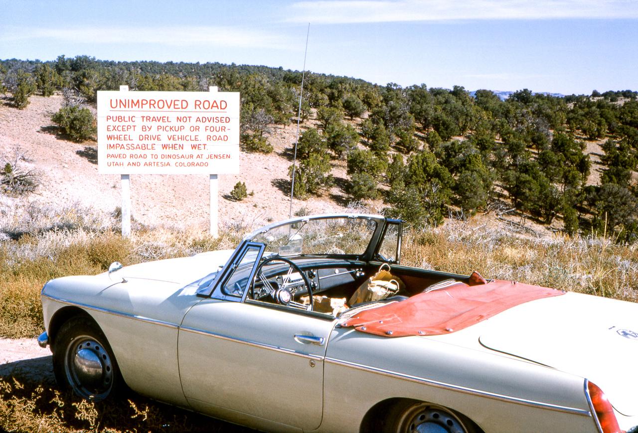IMAGE: https://photos.smugmug.com/The-West-mostly-1971-75/Desert/i-CCDBzqg/0/1773511a/X2/08%20%2812800dpi%29-1-X2.jpg