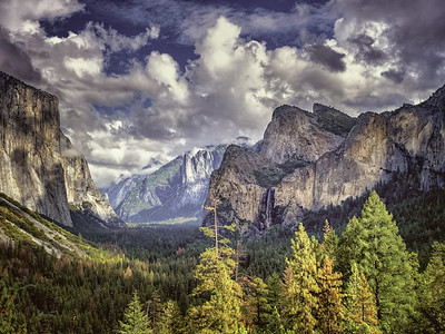 Tunnel View View