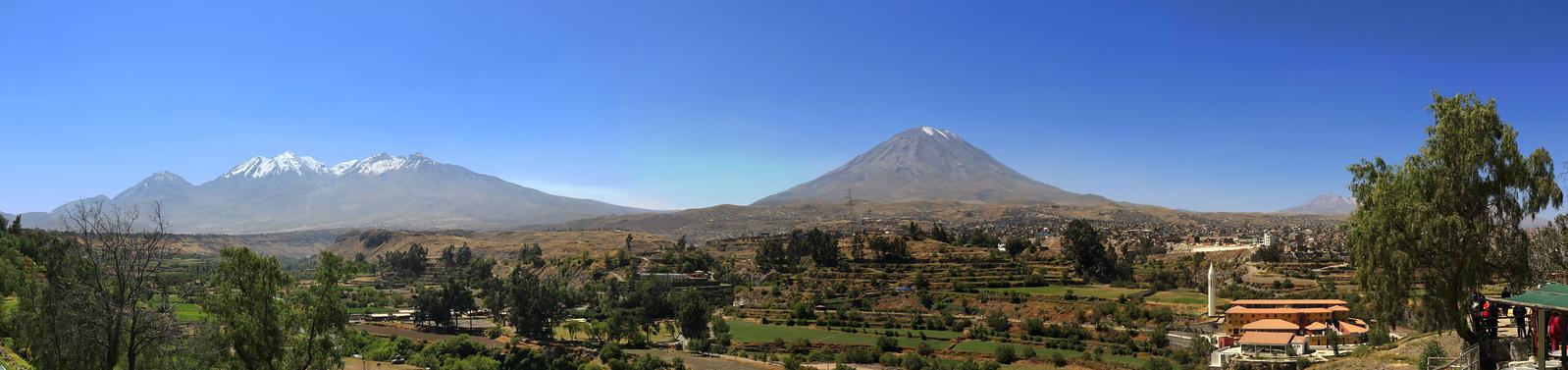 IMAGE: https://photos.smugmug.com/The-Wide-Wide-World/Peru/Arequipa/i-ZLS2Zzk/2/e56b3b65/X3/Arequipa%20Pano%202-X3.jpg