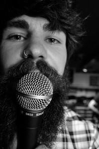 Frontman Chris Horncastle rocks the Tamesis Dock