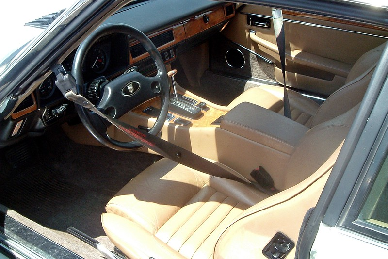 """The interior was equally as nice.  Jaguar's interiors have always been of exceptional quality.  The seats were quite comfortable and featured that familiar """"upscale"""" leather smell.  And the a/c blew ice-cold during my drive."""