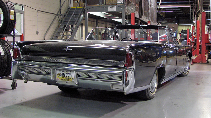 Seeing a 1964 Lincoln convertible pull into the dealership service lane is unusual enough.  To see one with the top down in January makes you scratch your head.