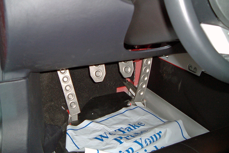 Racing style pedals.