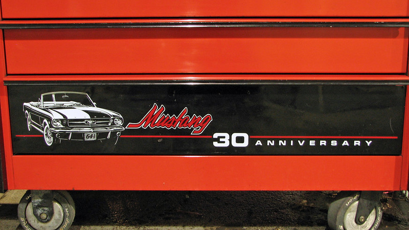 The roll cab matches the design with the original 1964 1/2 Mustang.