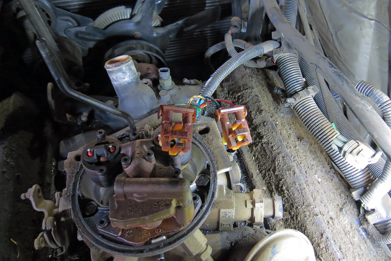 I unclipped the injector harness and moved it out of the way.