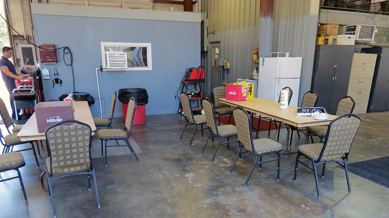 We set up tables in the shop and enjoy a lunch together.