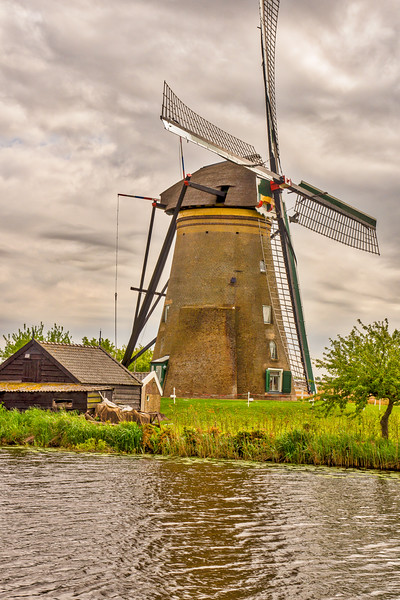 Kinderdijk  Holland Windmill