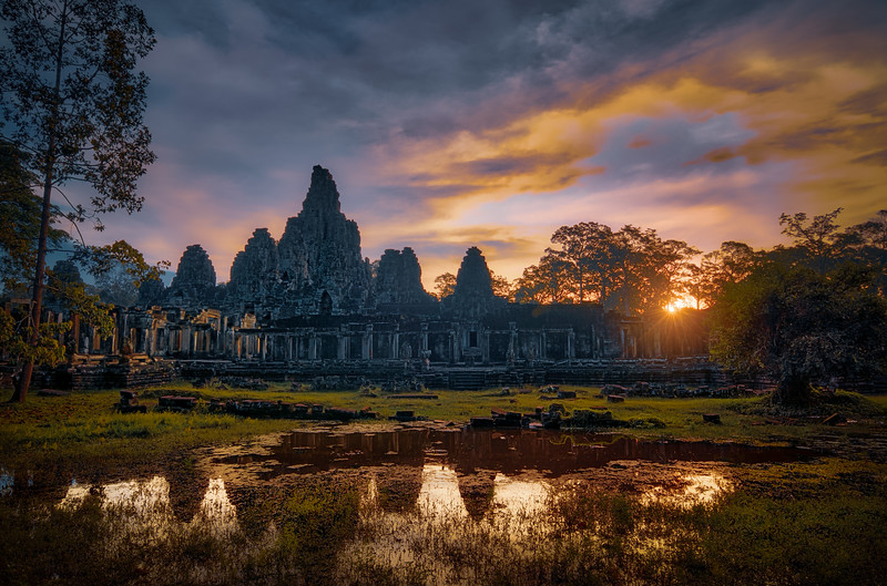 Bayon Temple Sunrise