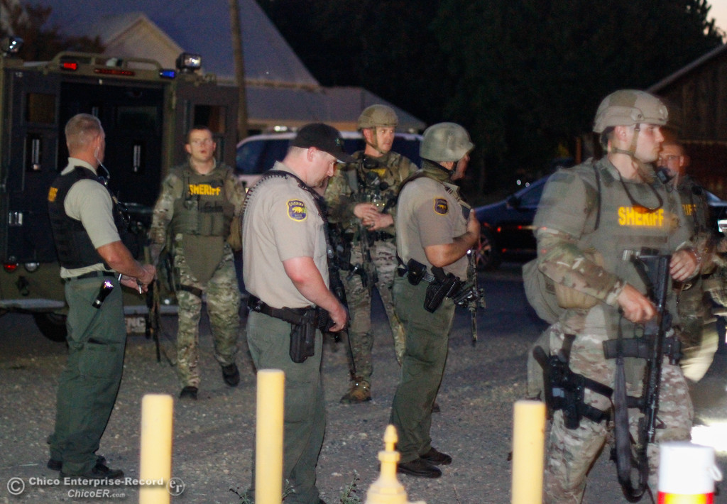 . A Sheriff�s Office SWAT team arrives at the incident command center after a standoff between a man and the sheriff�s deputies ended with the subject being shot Tuesday August 22, 2017 in Durham, California. (Emily Bertolino -- Enterprise- Record)