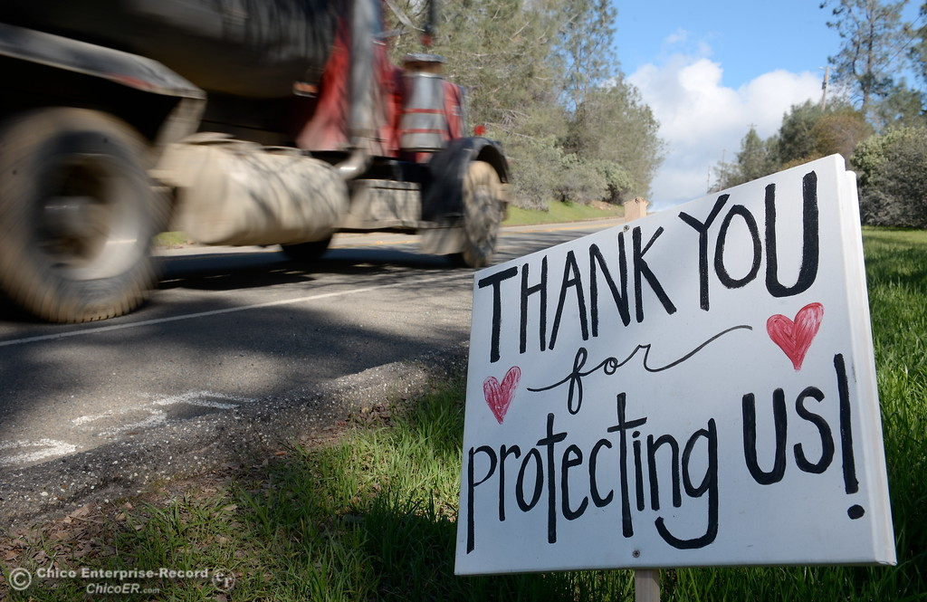 . A sign posted along Royal Oaks Drive expresses a Thank You to those who have helped during the Lake Oroville Dam Spillway emergency in Oroville, Calif. Thurs. Feb. 23, 2017. (Bill Husa -- Enterprise-Record)