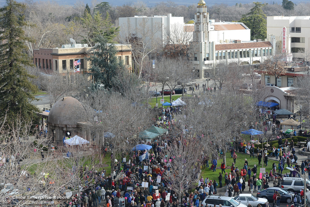 . City Plaza is filled Saturday, Dec. 21, 2017, for the Chico Women\'s March in Chico, California. (Dan Reidel -- Enterprise-Record)