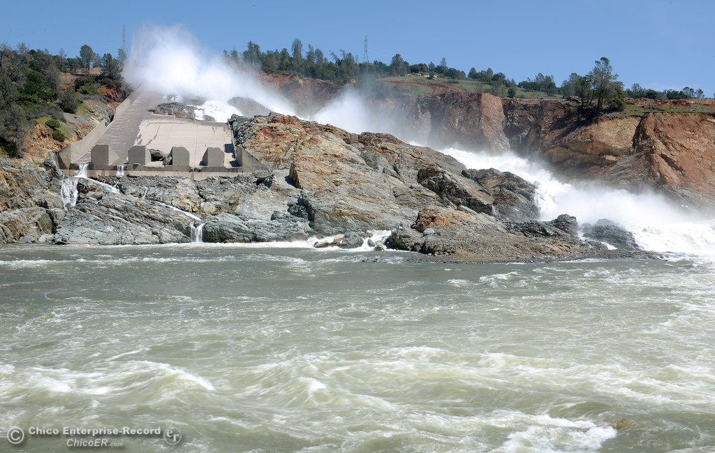 . 35,000 CFS continues to flow down the damaged Oroville Dam Spillway Friday April 21, 2017.  (Bill Husa -- Enterprise-Record)